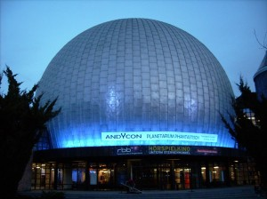 Banner am Planetarium